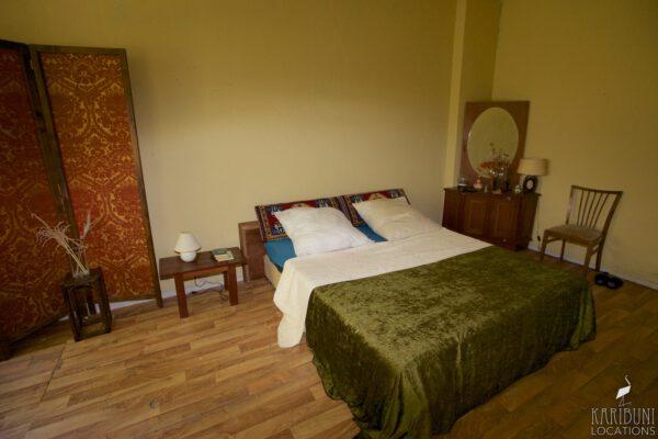 Omas Schlafzimmer - Bett 2