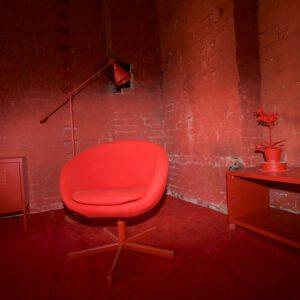 Red Corner - Roter Sessel