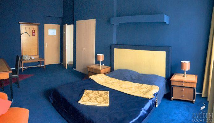 Film Location - Blaues Hotelzimmer
